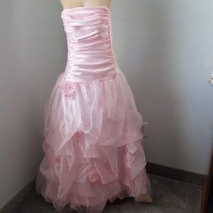 Jessica McClintock prom dress size 7
